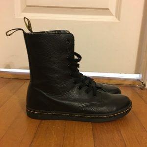 Size 7 / Stratford Black Leather / Dr Martens